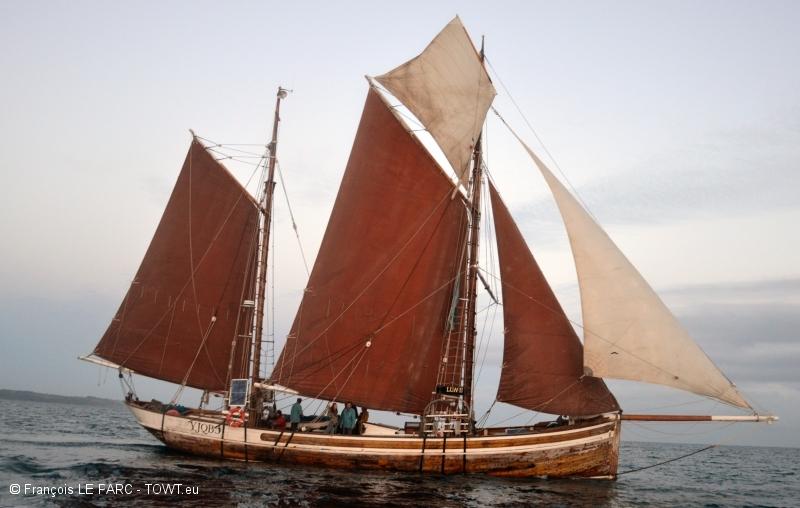 Bateaux visitables les aventuriers de la mer for Cuisinier bateau